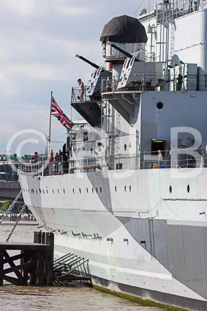 HMSBelfast200812No-640.jpg
