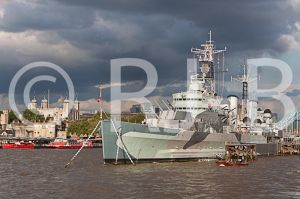 HMSBelfast200812No-912.jpg