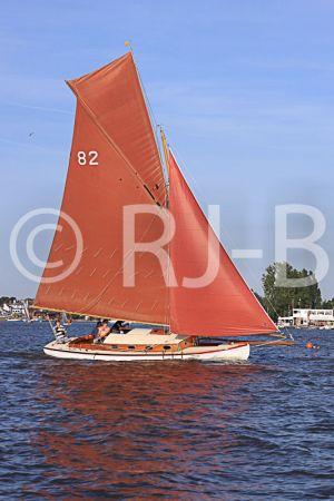 c12-OultonWk09N240.jpg