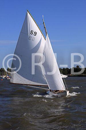 OultonWk09N526.jpg