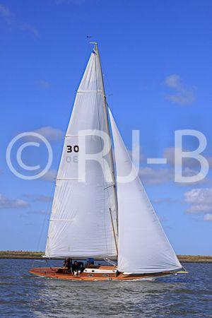 c28-YNR09N317.jpg